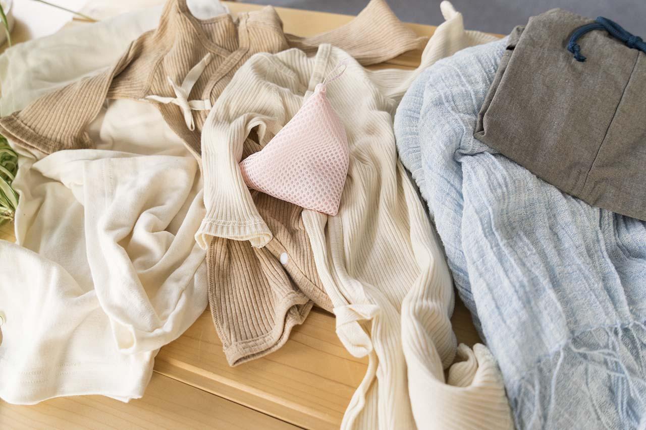 オーガニックコットン衣類と洗濯マグちゃん